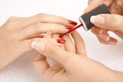 manicurist-nail-technician